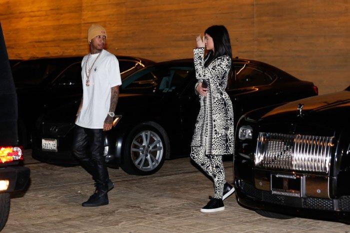 khloe-kardashian-not-allowed-rob-kardashian-family-birthday-dinner-3