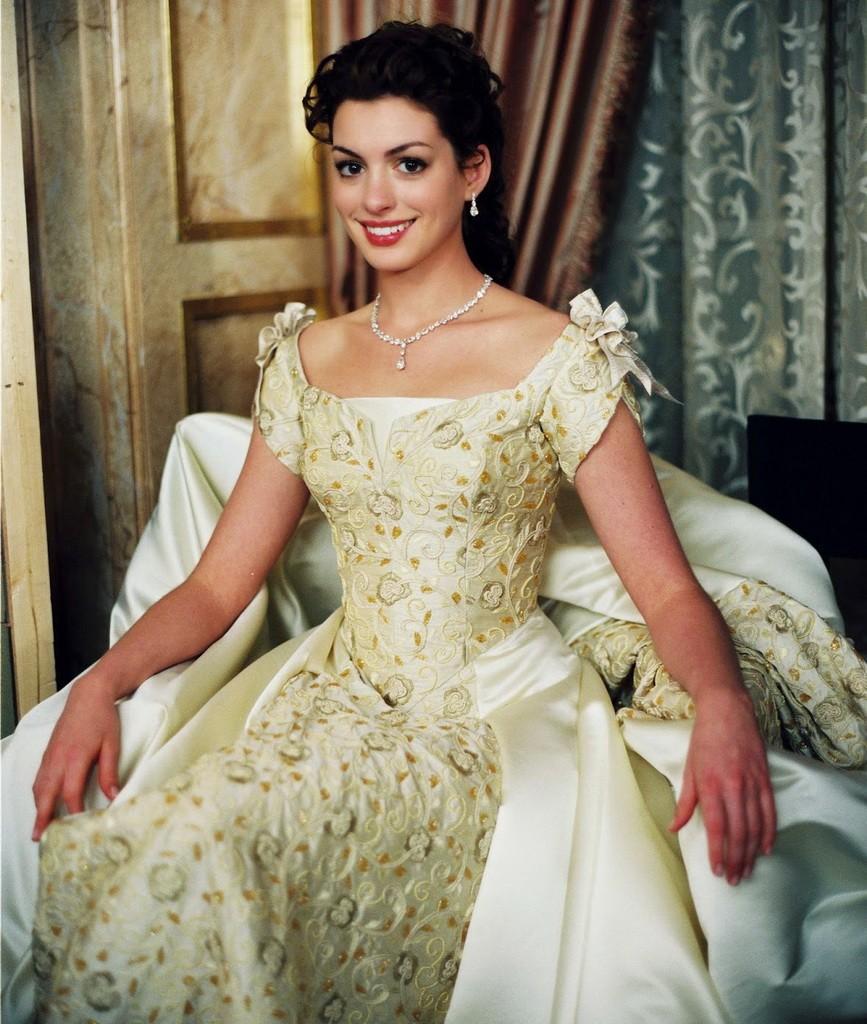 movie-the-princess-diaries-2-32901007-3293-4465