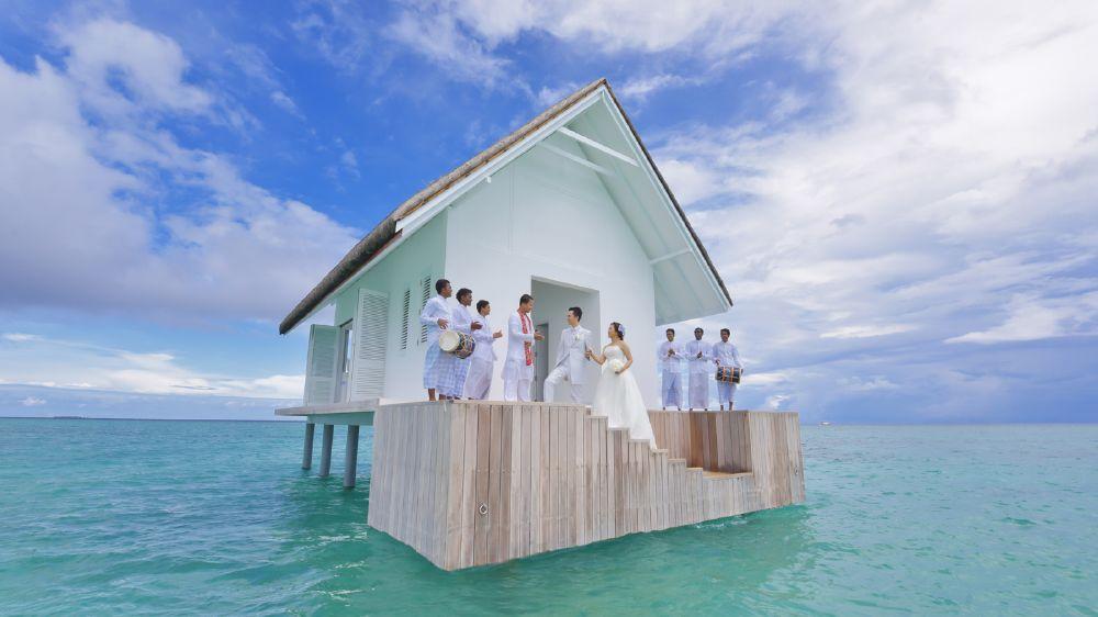 resized_FS Maldives - Wedding Pavilion - 1