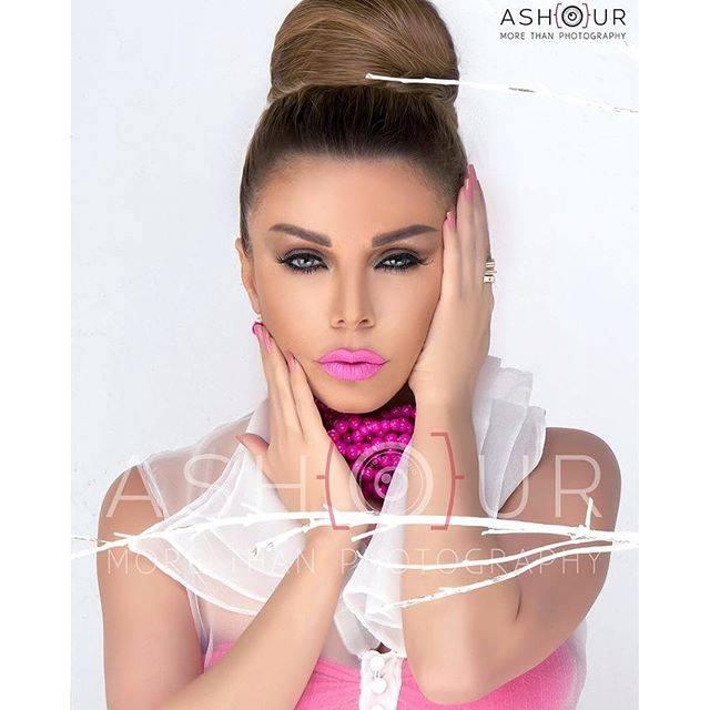 رزان مغربي (8)