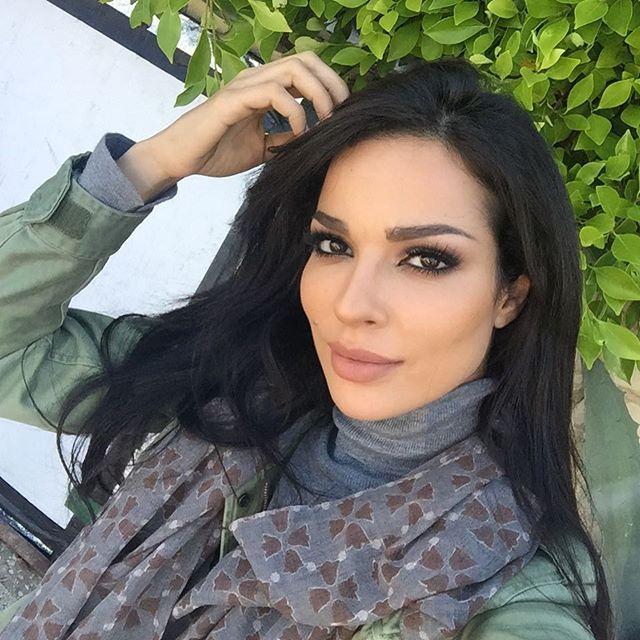 نادين نسيب (2)