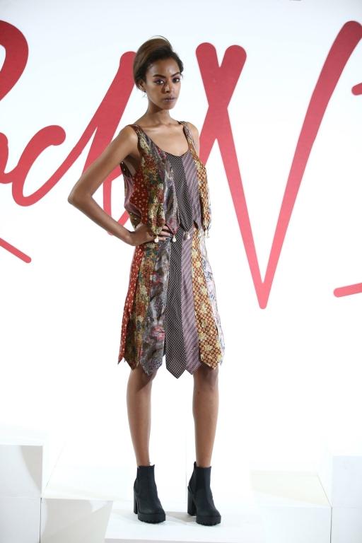 2-nasiba-hafiz-fashion-forward-season-6-dubai-ready-to-wear-collection-autox768