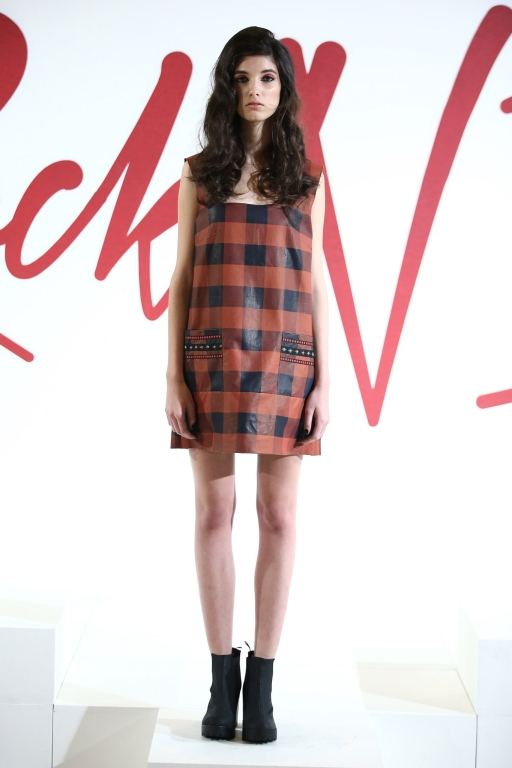 7-nasiba-hafiz-fashion-forward-season-6-dubai-ready-to-wear-collection-autox768