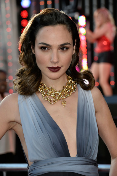 Gal+Gadot+Gold+Necklaces+Gold+Chain