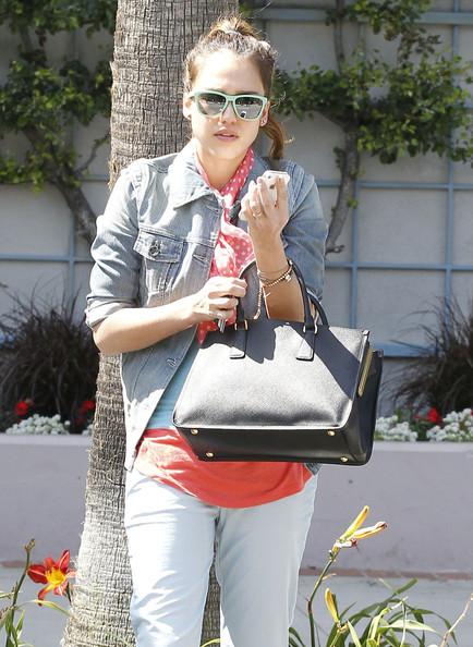 Jessica Alba Beaded Bracelet