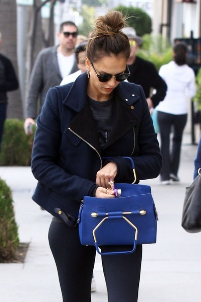 Jessica+Alba+Tote+Bags+Leather+Tote+4kPcolyRlDPl