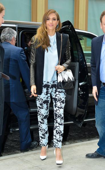 Jessica+Alba+seen+hotel+New+York+4J9HiDE5muvl