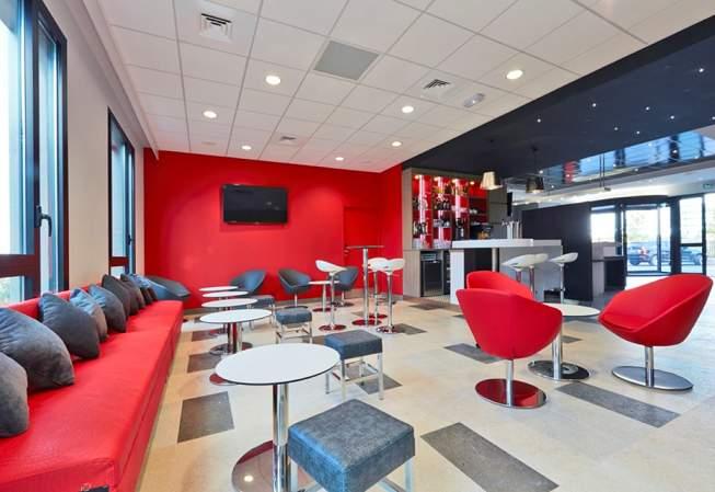 Première Classe Breakfast_Lounge area