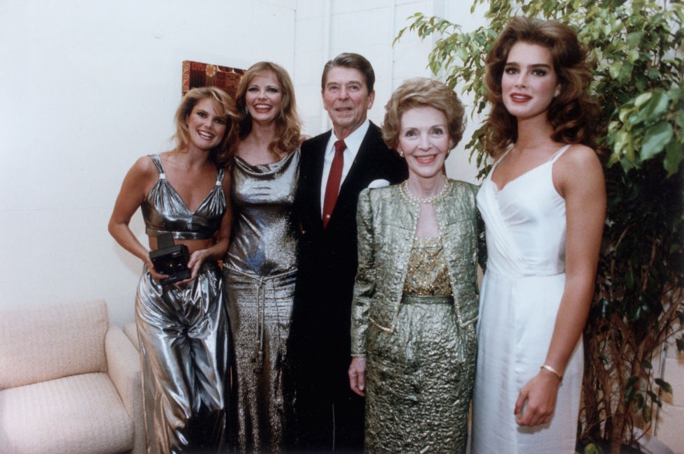 Ronald Reagan with Christie Brinkley, Cheryl Tiegs, and Brooke Shields