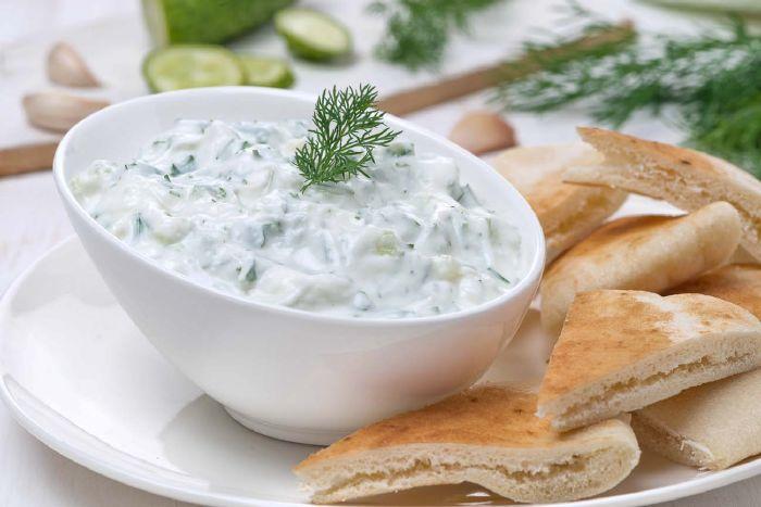 Vegetables yogurt salad