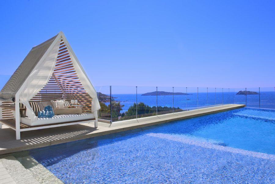 resized_42aME_Ibiza-TerraceVipPoolTheRooftop