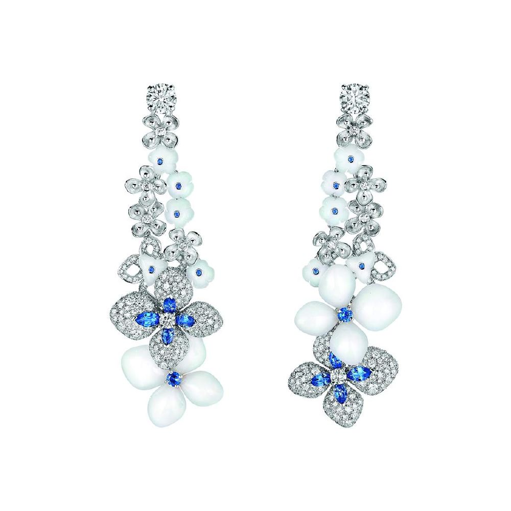 resized_Chaumet - Hortensia Voie Lactee - High Jewellery - Earrings