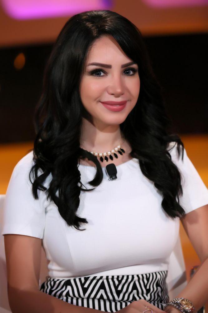 انجى علاء (3)