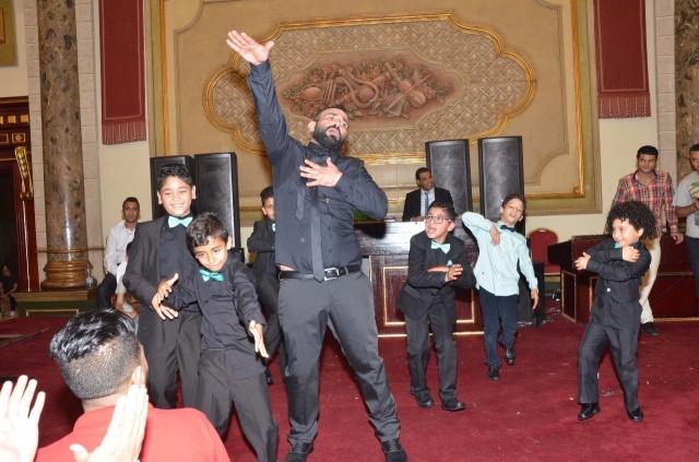 عمرو و احمد سعد يحتفلان بزفاف شقيقتهما (2)