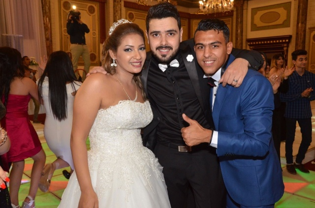 عمرو و احمد سعد يحتفلان بزفاف شقيقتهما (3)