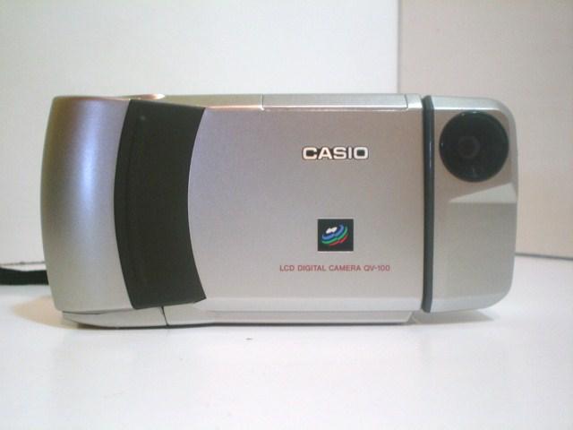 3-كاميرا-كاسيو-قديمة