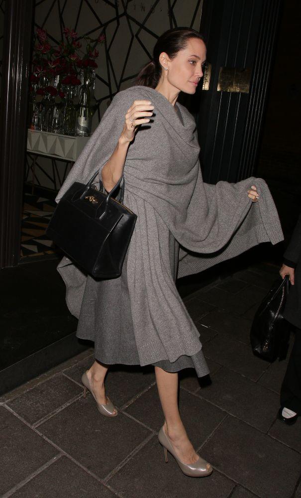 resized_Angelina Jolie wearing Salvatore Ferragamo - London