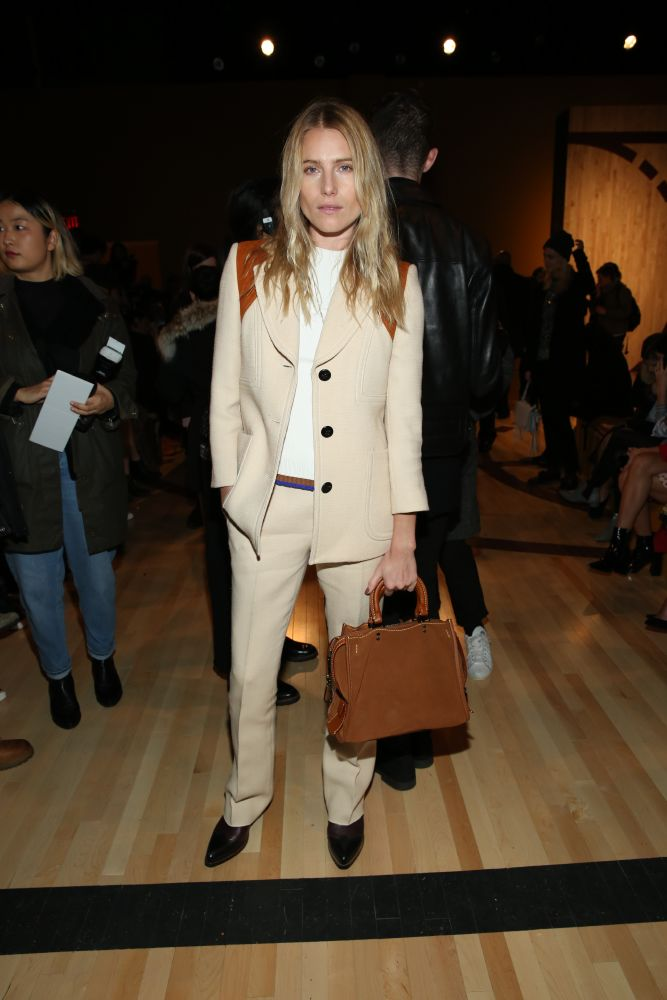 resized_Dree Hemingway 2-16-16 Getty Images (2)