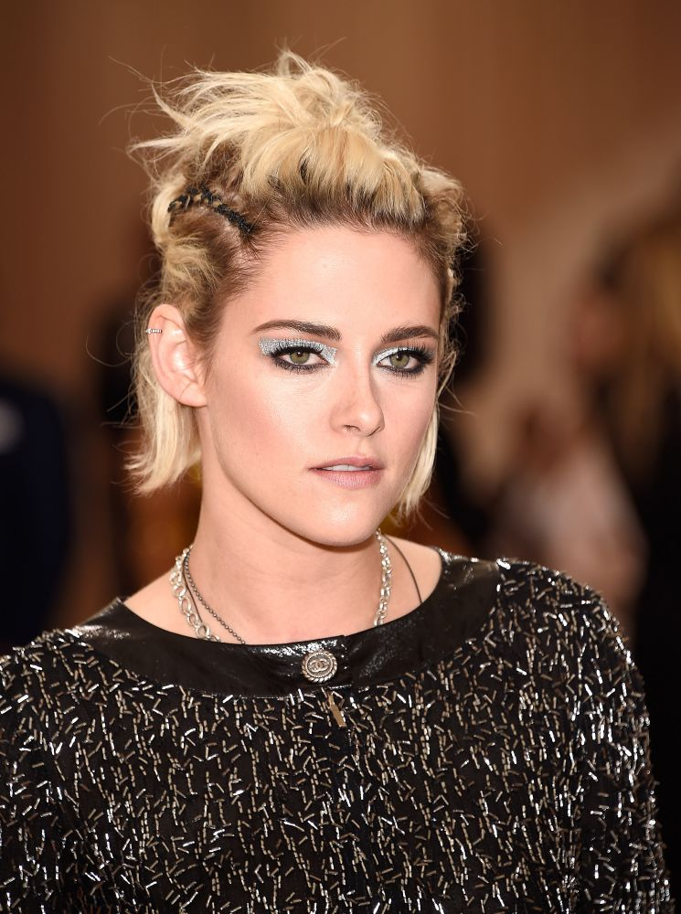 resized_Kristen STEWART_Met Gala 2016_May 2nd 2016_Beauty Close up