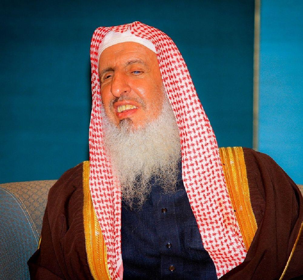 الشيخ عبدالعزيز آل الشيخ (2)