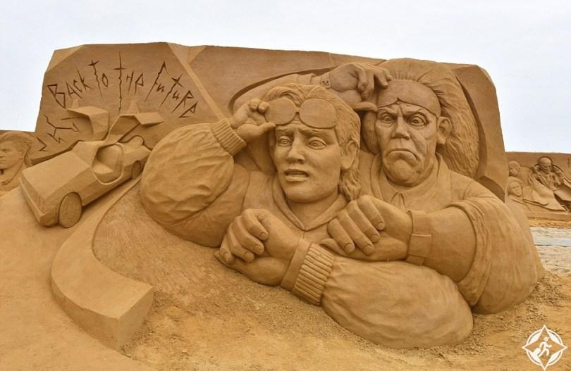 النحت-على-الرمال