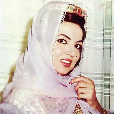 سميرة توفيق (3)
