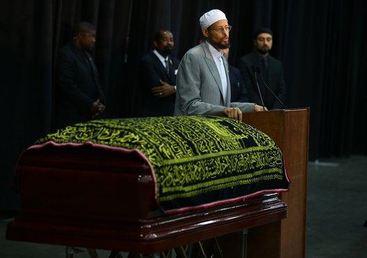 صلاة-الجنازة-على-محمد-علي-كلاي-7