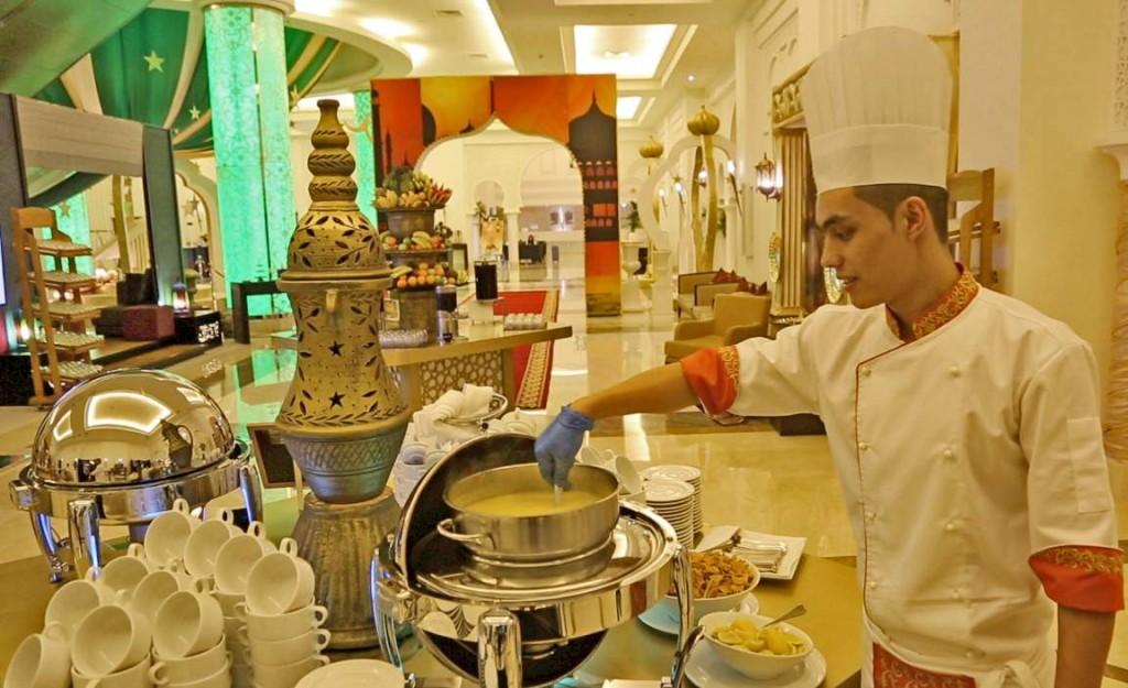 Ramadan at The Ajman Palace Hotel 06