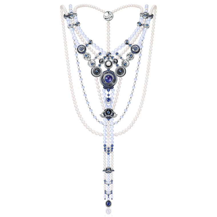 _le-danse-de-temps-necklace-is-inspired-by-the-colourful-circular-motifs-used-by-robert-delaunay