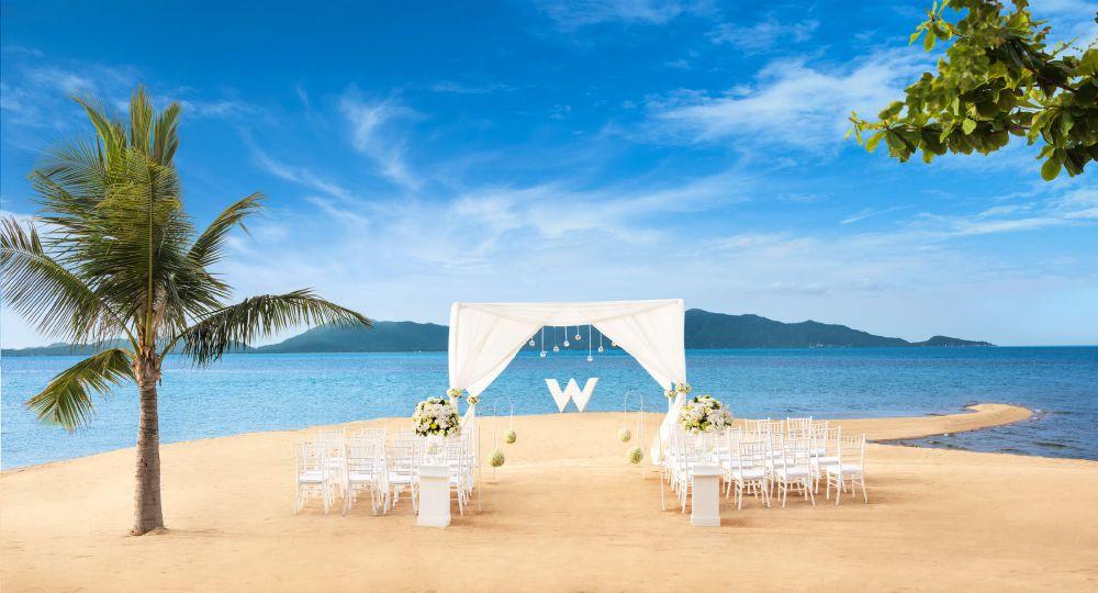 resized_Wedding Setup - W Beach