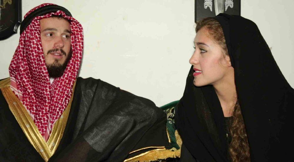 أمريكية تخوض تجربة الزواج على الطريقة البدوية (1)