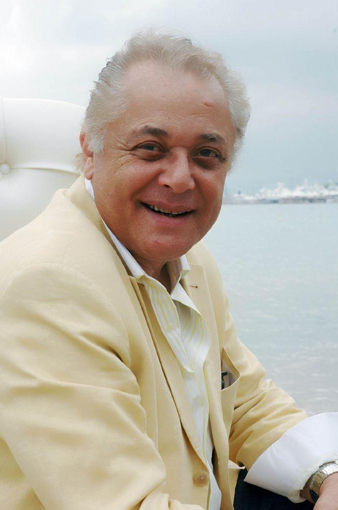 محمود-عبد-العزيز (1)