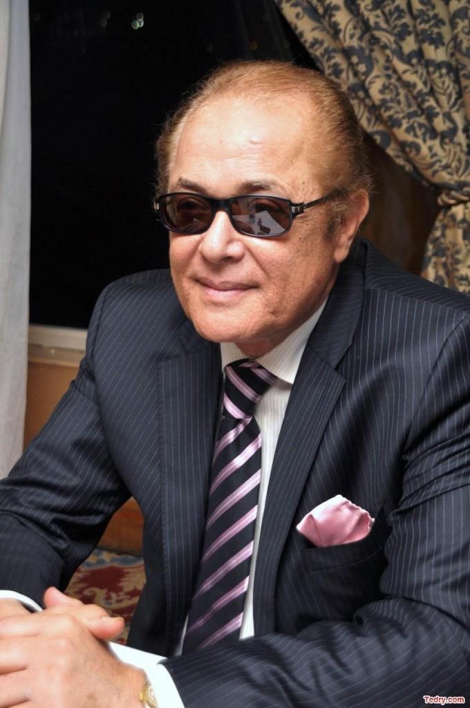 محمود-عبد-العزيز-680x1024