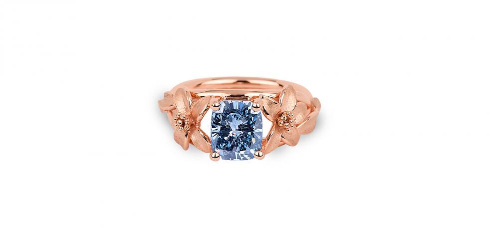 luxury_jewellery_jane_seymour_blue_ring_3__980x457