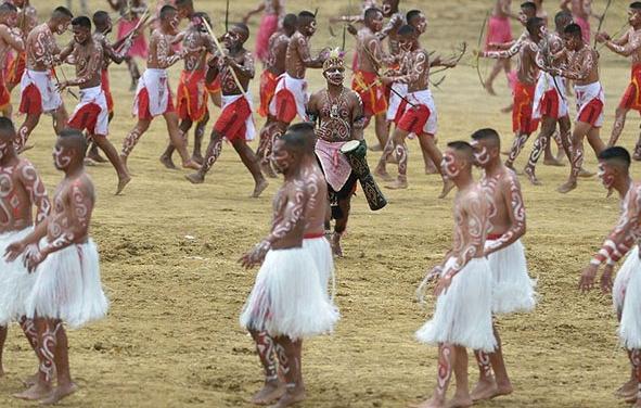 قبيلة إندونيسية (10)