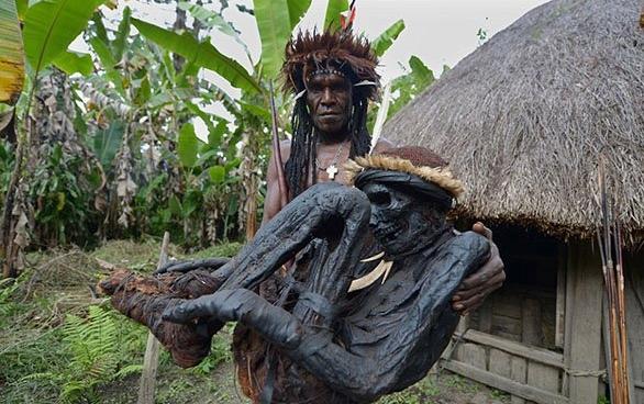 قبيلة إندونيسية (14)