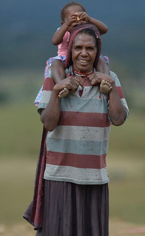 قبيلة إندونيسية (3)