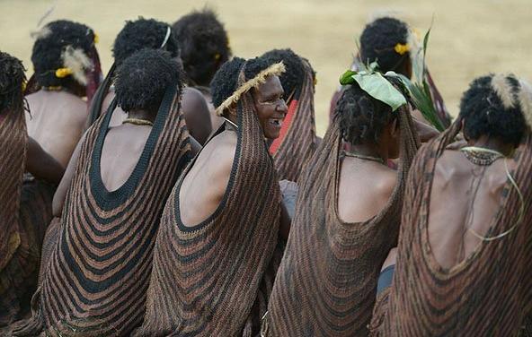 قبيلة إندونيسية (4)