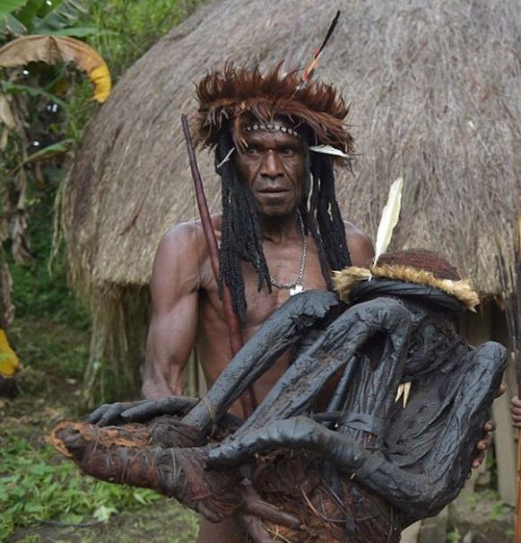 قبيلة إندونيسية (5)