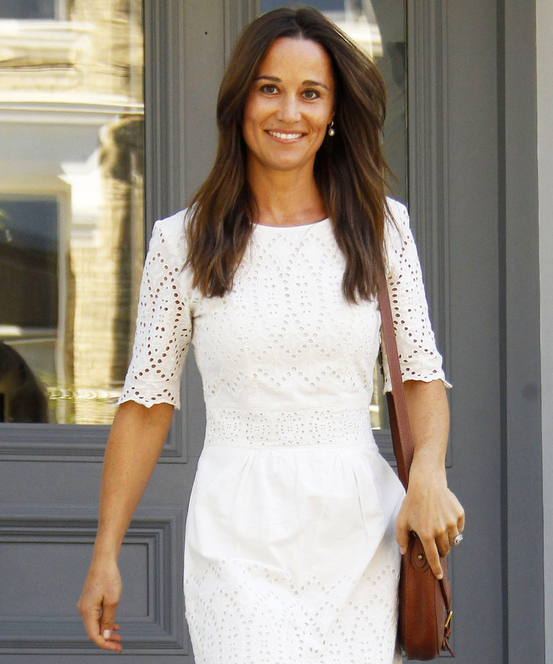 071916-pippa-middleton-ring-lead
