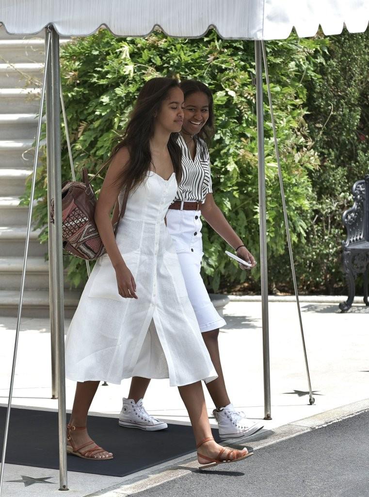 Michelle-Obama-Dress-Vacation-Martha-Vineyard-2016 (4)