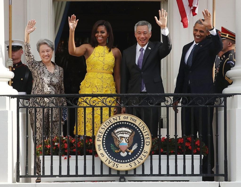 Michelle-Obama-Yellow-Naeem-Khan-Dress-August-2016 (3)