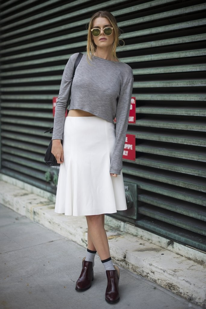 Stay-trend-high-waisted-skirt-crop-top-keep-your