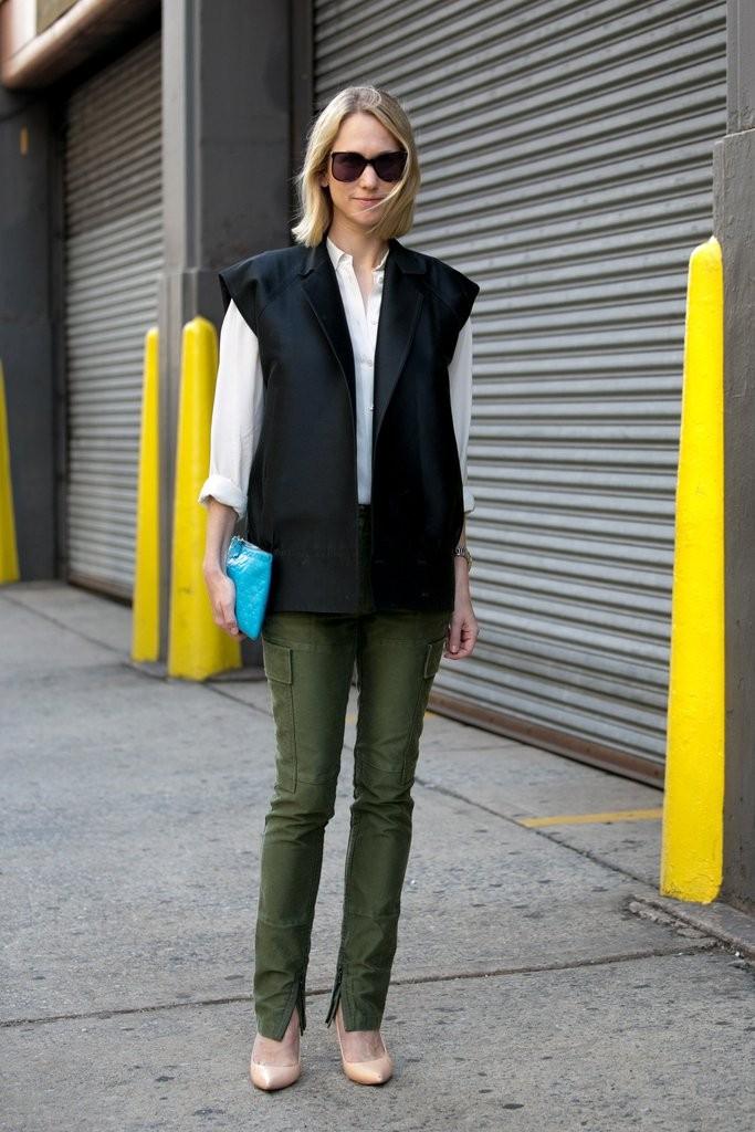 Take-cover-sleeveless-blazer