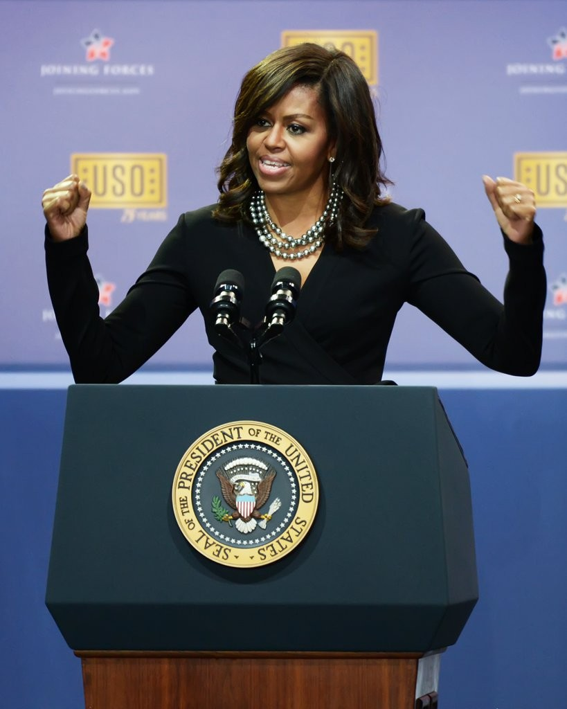 While-Michelle-Obama-Completes-Neutral-Looks-Multiple-Strands-Bit-Color