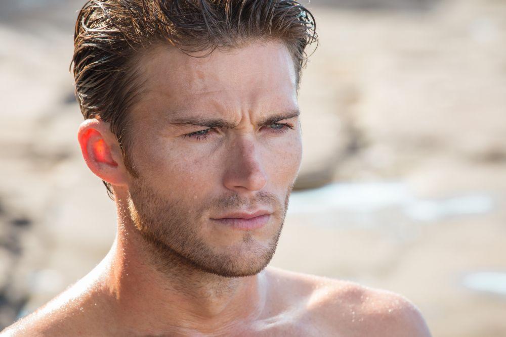 resized_Davidoff - Love The Ocean - Scott Eastwood BTS