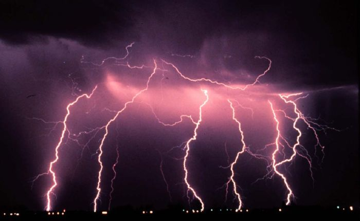 resized_lightning