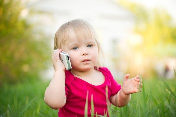 استخدام الأطفال للهواتف