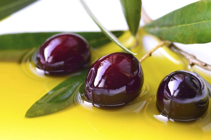 Olive and women