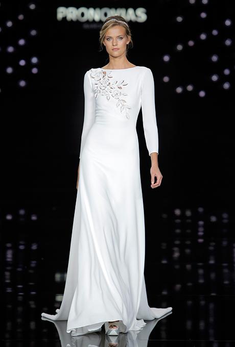 pronovias-spring-2017-wedding-dresses-07